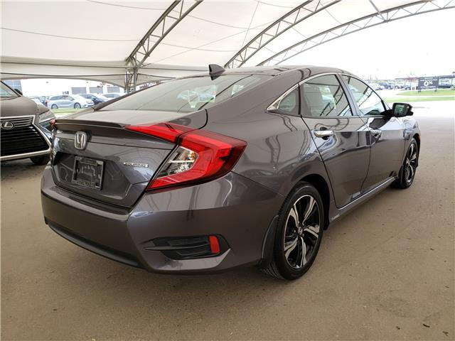 2017 Honda Civic Touring (Stk: L19363A) in Calgary - Image 7 of 23