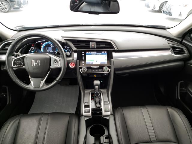 2017 Honda Civic Touring (Stk: L19363A) in Calgary - Image 2 of 23