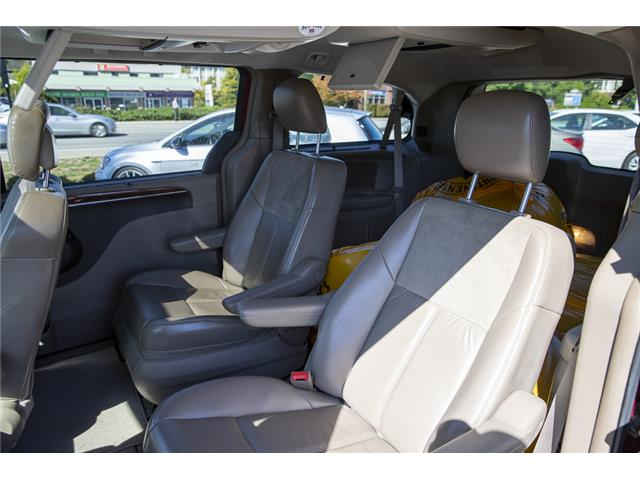 2011 Chrysler Town & Country Limited (Stk: KJ097220B) in Vancouver - Image 12 of 22