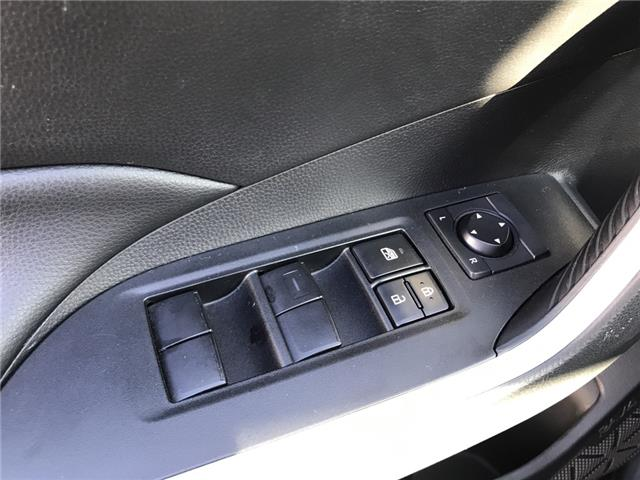 2019 Toyota RAV4 LE (Stk: 2925) in Cochrane - Image 15 of 25