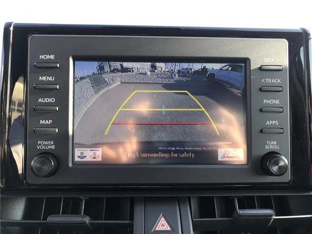 2019 Toyota RAV4 LE (Stk: 2925) in Cochrane - Image 16 of 25