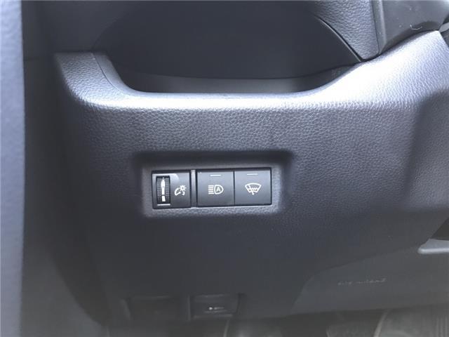 2019 Toyota RAV4 LE (Stk: 2925) in Cochrane - Image 20 of 25