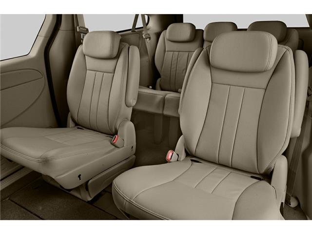 2005 Chrysler Town & Country Touring (Stk: P524) in Brandon - Image 5 of 5