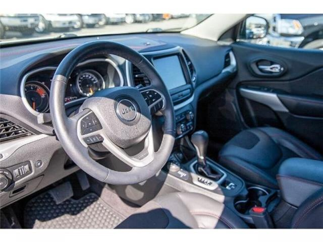 2018 Jeep Cherokee Trailhawk (Stk: K647560A) in Surrey - Image 9 of 25