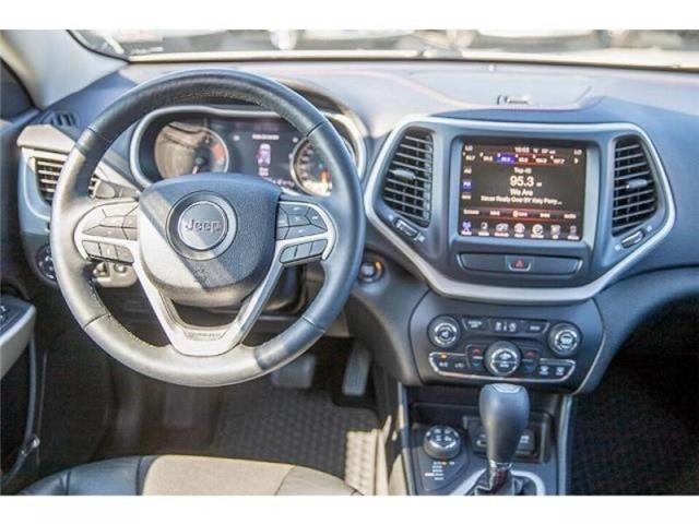 2018 Jeep Cherokee Trailhawk (Stk: K647560A) in Surrey - Image 14 of 25