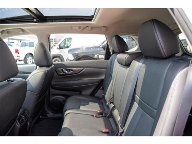 2016 Nissan Rogue SL (Stk: K467255A) in Surrey - Image 11 of 25
