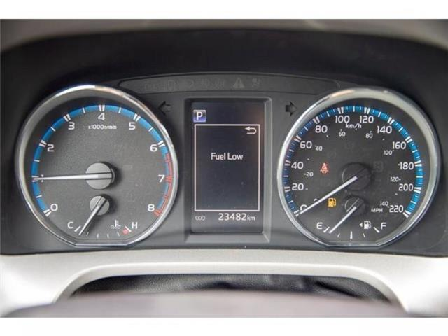 2018 Toyota RAV4 LE (Stk: EE910490) in Surrey - Image 17 of 21