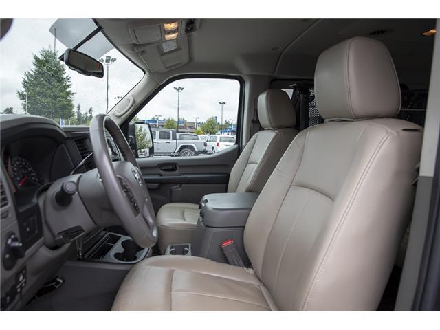 2016 Nissan NV Passenger NV3500 HD SV V8 (Stk: J810302A) in Surrey - Image 10 of 23
