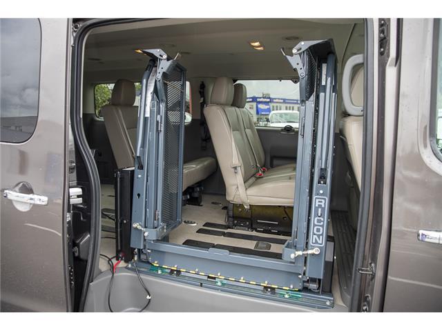 2016 Nissan NV Passenger NV3500 HD SV V8 (Stk: J810302A) in Surrey - Image 11 of 23