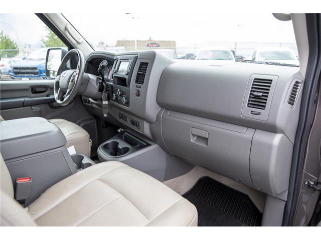 2016 Nissan NV Passenger NV3500 HD SV V8 (Stk: J810302A) in Surrey - Image 14 of 23