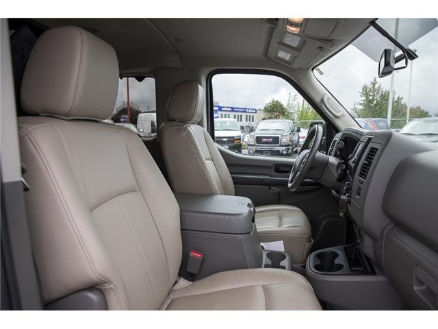 2016 Nissan NV Passenger NV3500 HD SV V8 (Stk: J810302A) in Surrey - Image 15 of 23