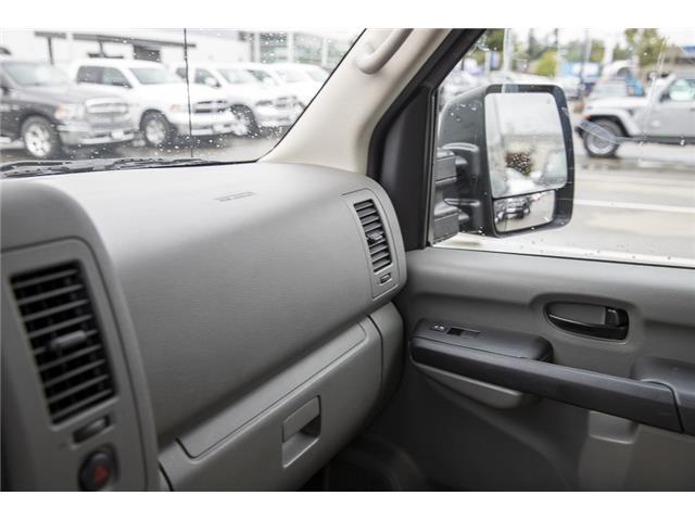 2016 Nissan NV Passenger NV3500 HD SV V8 (Stk: J810302A) in Surrey - Image 22 of 23