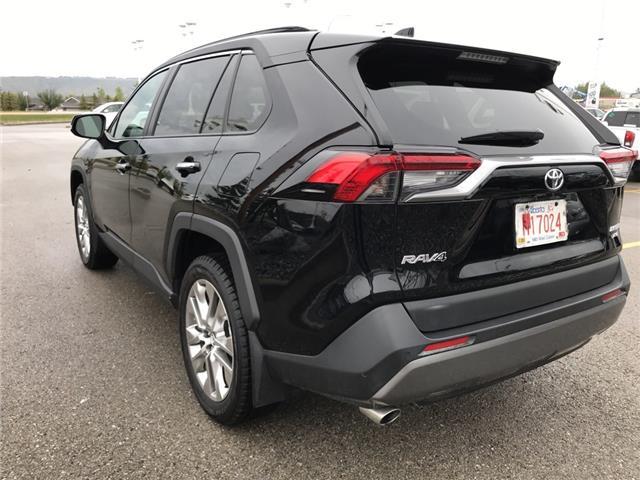 2019 Toyota RAV4 Limited (Stk: 2928) in Cochrane - Image 5 of 30