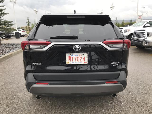 2019 Toyota RAV4 Limited (Stk: 2928) in Cochrane - Image 6 of 30