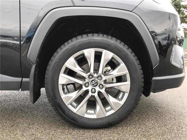2019 Toyota RAV4 Limited (Stk: 2928) in Cochrane - Image 9 of 30