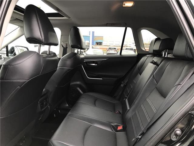 2019 Toyota RAV4 Limited (Stk: 2928) in Cochrane - Image 13 of 30