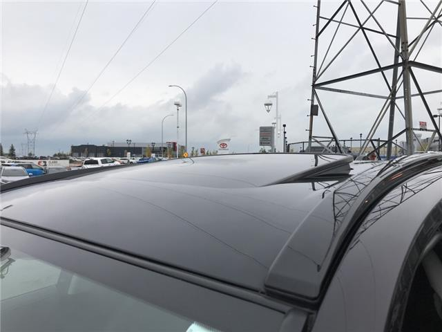2019 Toyota RAV4 Limited (Stk: 2928) in Cochrane - Image 17 of 30