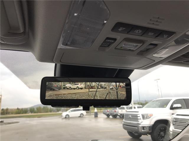 2019 Toyota RAV4 Limited (Stk: 2928) in Cochrane - Image 23 of 30