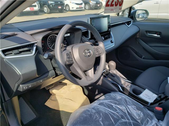2020 Toyota Corolla LE (Stk: 20-233) in Etobicoke - Image 4 of 6