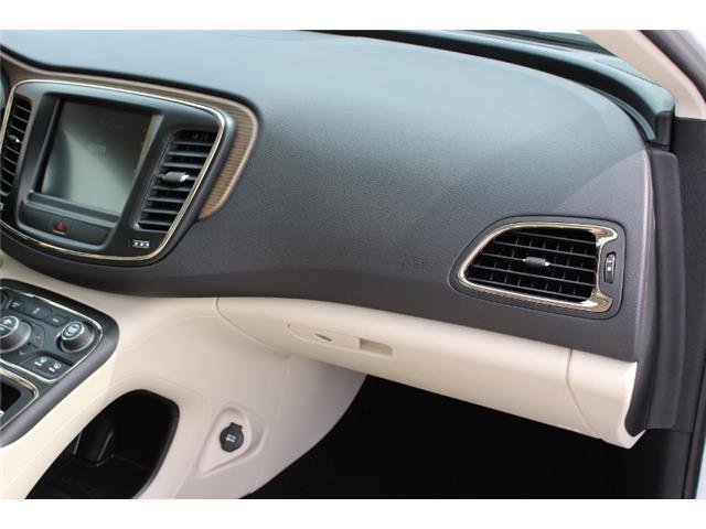 2015 Chrysler 200 C (Stk: D0119) in Leamington - Image 11 of 30