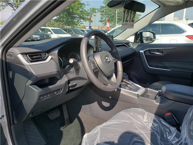 2019 Toyota RAV4 Hybrid XLE (Stk: 9-1212) in Etobicoke - Image 6 of 11