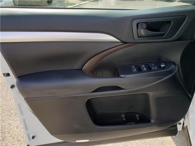 2018 Toyota Highlander  (Stk: P6949) in Etobicoke - Image 10 of 23