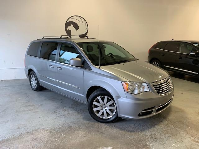 2014 Chrysler Town & Country Touring (Stk: 1187) in Halifax - Image 1 of 18