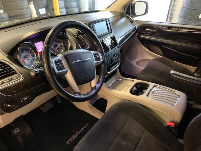 2014 Chrysler Town & Country Touring (Stk: 1187) in Halifax - Image 9 of 18