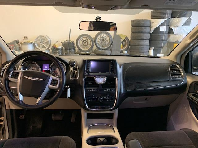 2014 Chrysler Town & Country Touring (Stk: 1187) in Halifax - Image 10 of 18