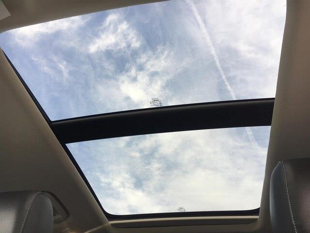 2017 Ford Escape Titanium (Stk: U17102) in Barrie - Image 5 of 27