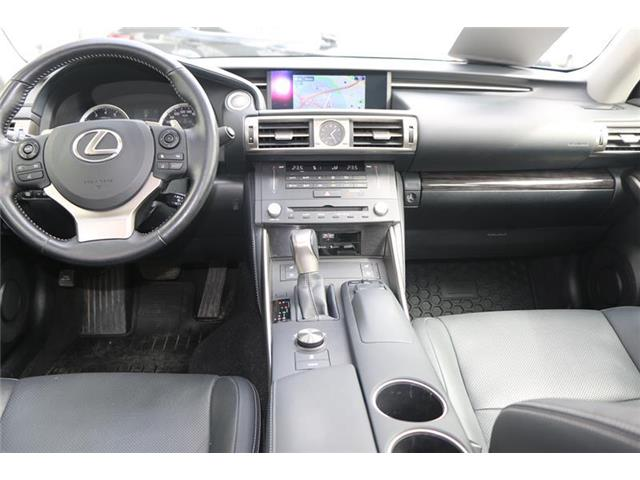 2016 Lexus IS 350 Base (Stk: 3967A) in Calgary - Image 11 of 16