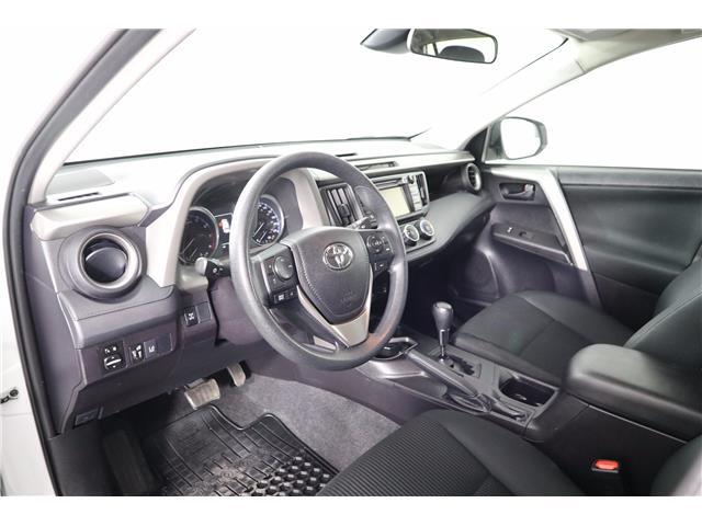 2018 Toyota RAV4 LE (Stk: U-0606) in Huntsville - Image 17 of 31