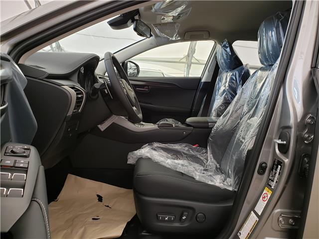 2020 Lexus NX 300 Base (Stk: L20049) in Calgary - Image 5 of 5