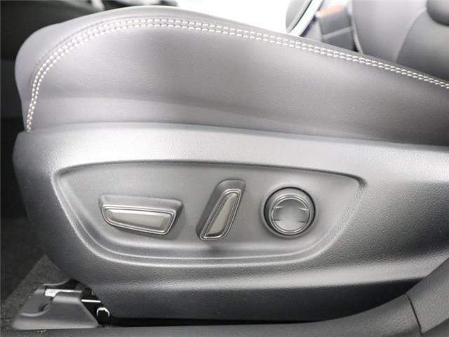 2020 Toyota Corolla XLE (Stk: E0025) in London - Image 24 of 30