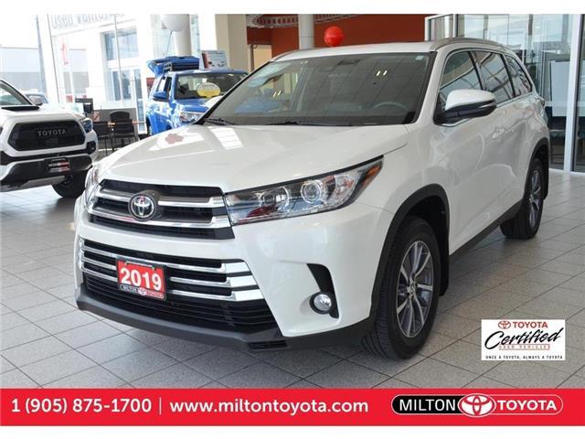 2019 Toyota Highlander  5TDJZRFH0KS563674 563674 in Milton