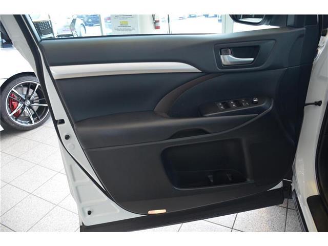 2019 Toyota Highlander  (Stk: 563674) in Milton - Image 11 of 43