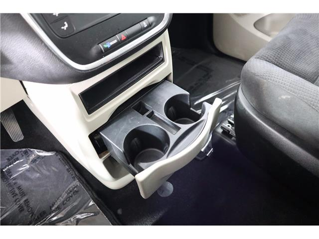 2015 Dodge Grand Caravan SE/SXT (Stk: P19-141) in Huntsville - Image 29 of 32