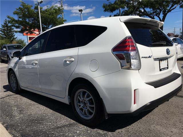 2016 Toyota Prius v Base (Stk: 1794W) in Oakville - Image 5 of 26