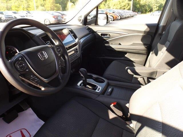 2017 Honda Ridgeline Sport (Stk: P7429) in Pembroke - Image 18 of 30