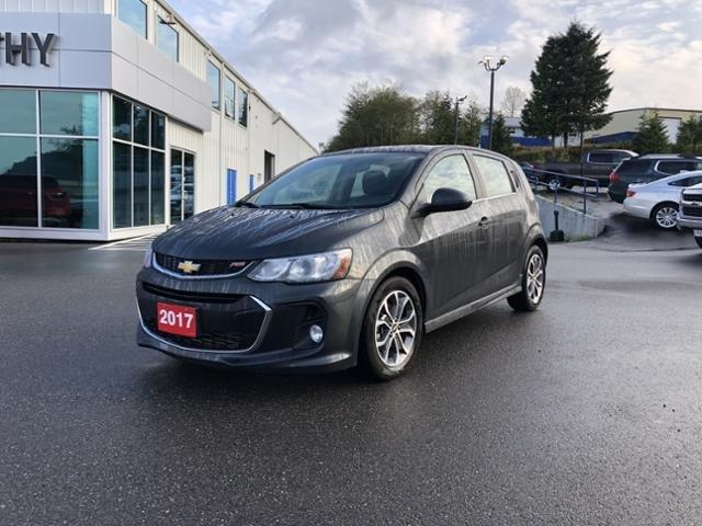 2017 Chevrolet Sonic LT Auto (Stk: CH4161276) in Terrace - Image 1 of 14
