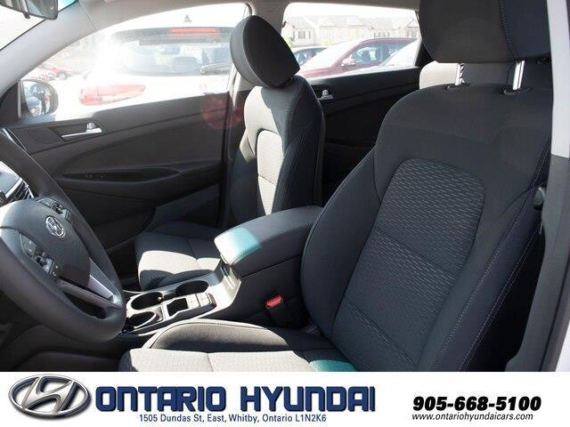 2019 Hyundai Tucson Essential w/Safety Package (Stk: 056569) in Whitby - Image 5 of 18