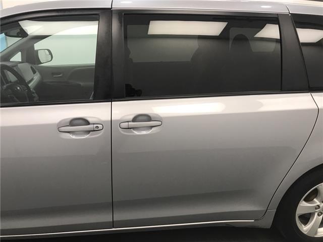 2017 Toyota Sienna  (Stk: 210331) in Lethbridge - Image 2 of 26