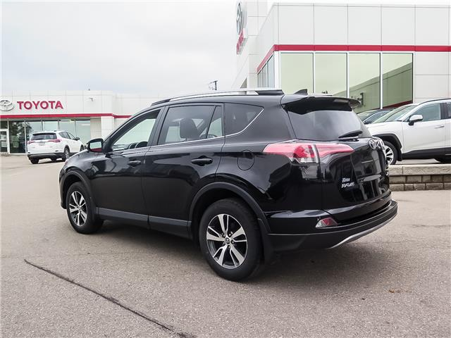 2017 Toyota RAV4 XLE (Stk: 95558S) in Waterloo - Image 7 of 24