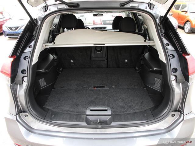 2018 Nissan Rogue SV (Stk: NE260) in Calgary - Image 11 of 27