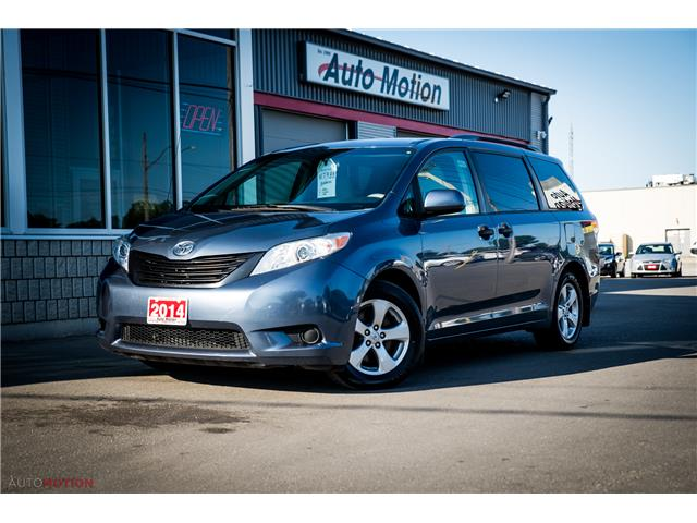 2014 Toyota Sienna 7 Passenger (Stk: 19852) in Chatham - Image 1 of 24