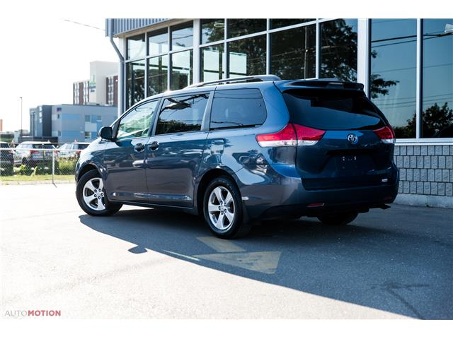 2014 Toyota Sienna 7 Passenger (Stk: 19852) in Chatham - Image 4 of 24