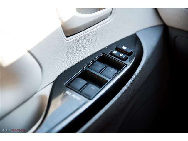 2014 Toyota Sienna 7 Passenger (Stk: 19852) in Chatham - Image 19 of 24