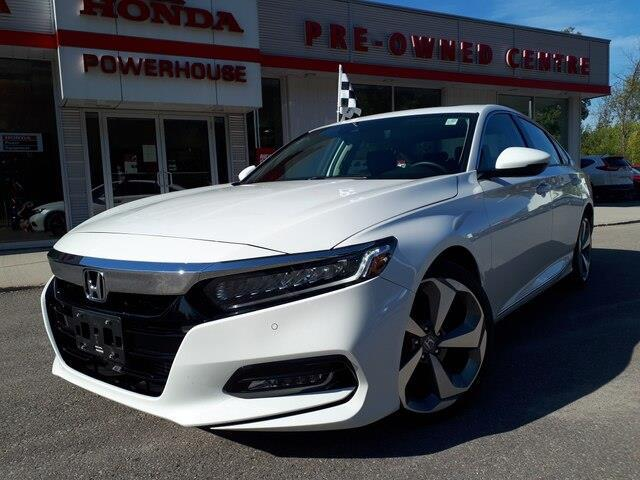 2018 Honda Accord Touring 2.0T (Stk: 10663A) in Brockville - Image 1 of 30
