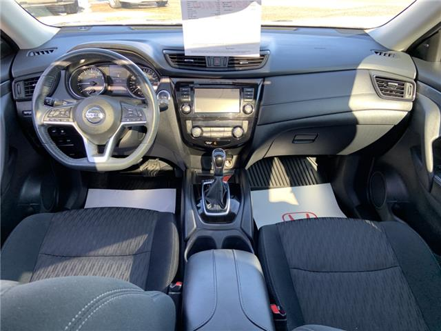 2018 Nissan Rogue SV (Stk: B2292) in Lethbridge - Image 2 of 28