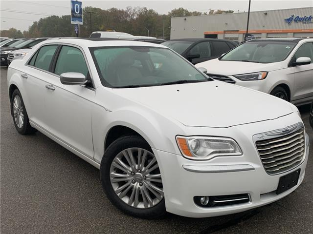 2014 Chrysler 300C Luxury Series (Stk: 19T1056A) in Midland - Image 1 of 17